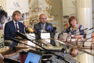 Tisková konference ministra Plagy a ministra Vojtěcha